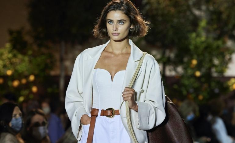 Le sfilate avanzano in formato digital. Al via la nuova fashion week di Milano