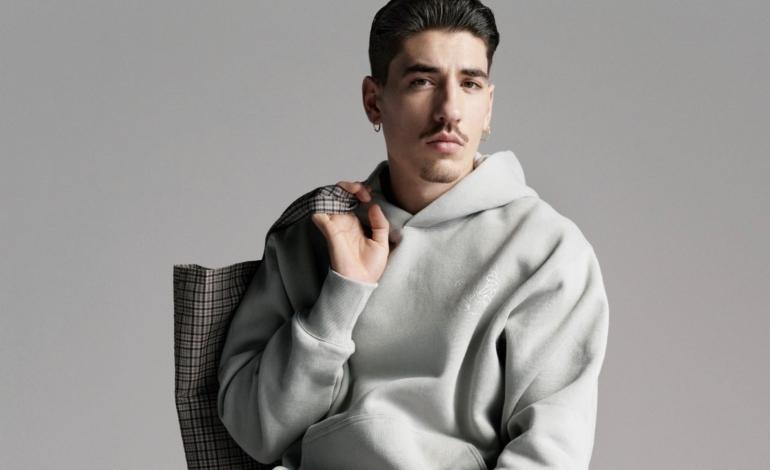 Il calciatore Bellerín firma la nuova capsule green di H&M