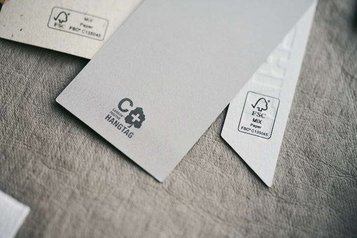 Bulgarelli Production, Carbon Positive Hangtag al Packaging Premiere