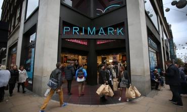 Primark torna a correre nel Q3 e spinge sugli store. Gap, invece, chiude in Uk