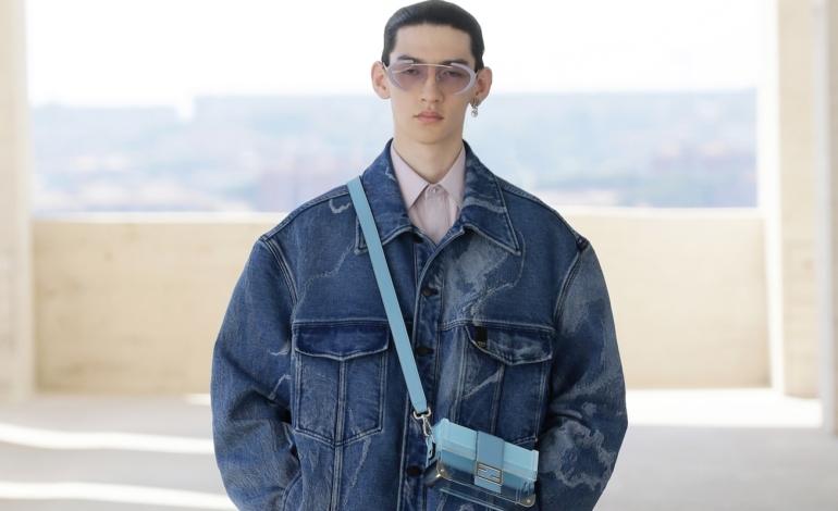 La moda agender corre online. L'e-commerce spinge la tendenza unisex
