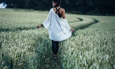 """Fast fashion, la """"verità"""" della ricerca Retviews"""