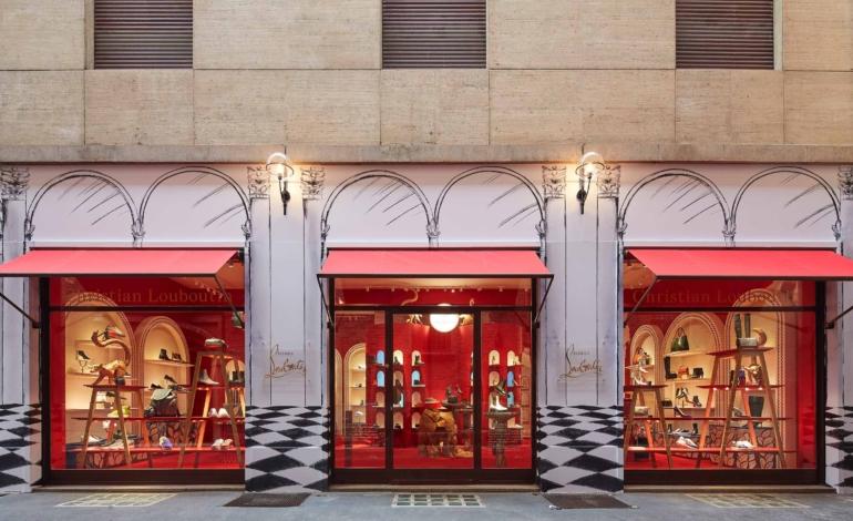 Louboutin apre la prima boutique nel Quadrilatero
