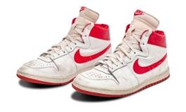 Le prime Nike di Jordan all'asta per oltre 1 mln