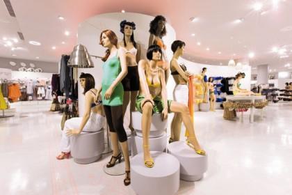 Etam Store Parigi